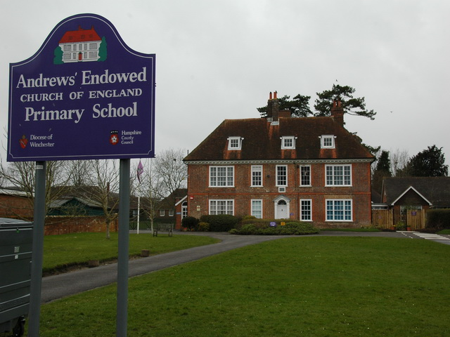 Andrews' Endowed School, Holybourne