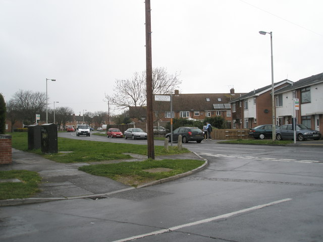 Junction of Blendworth Crescent and Bedhampton Way