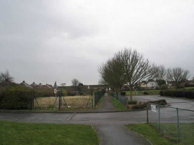 Footpath from Bidbury Infant School to Bedhampton Road