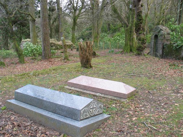 Saddell Abbey graveyard (4)