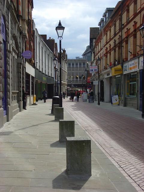 Cross Street, Reading