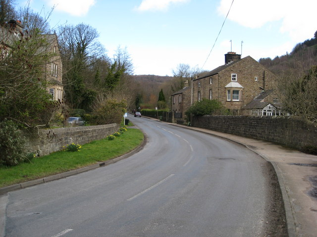 Lea Road - View in the direction of Lea Mills