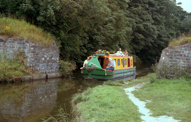 The site of Banks Bridge 155, Leeds and Liverpool Canal