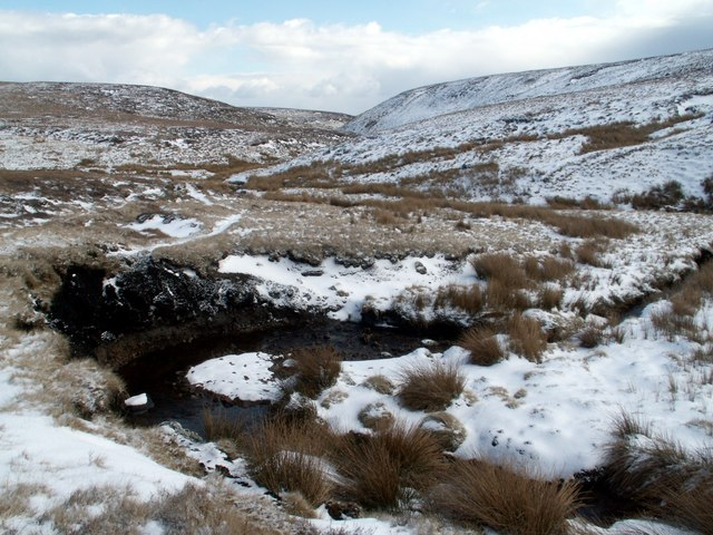 Water from Hern Clough joins Grains in the Water