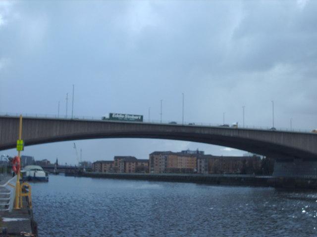 Kingston Bridge and Renfrew Ferry
