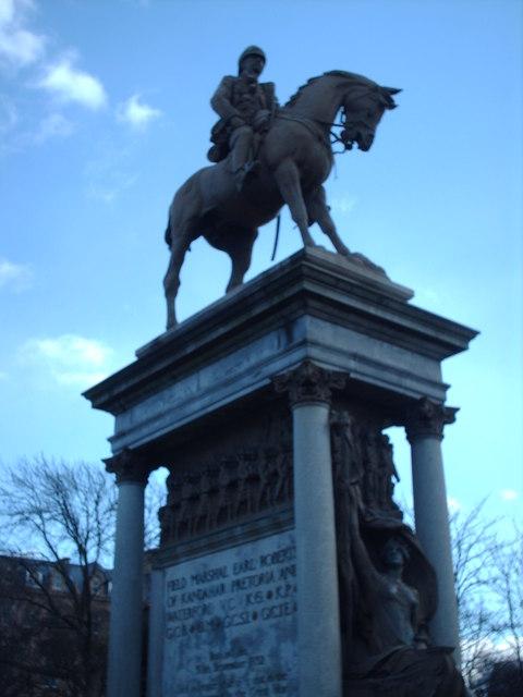 A Statue, Kelvingrove Park