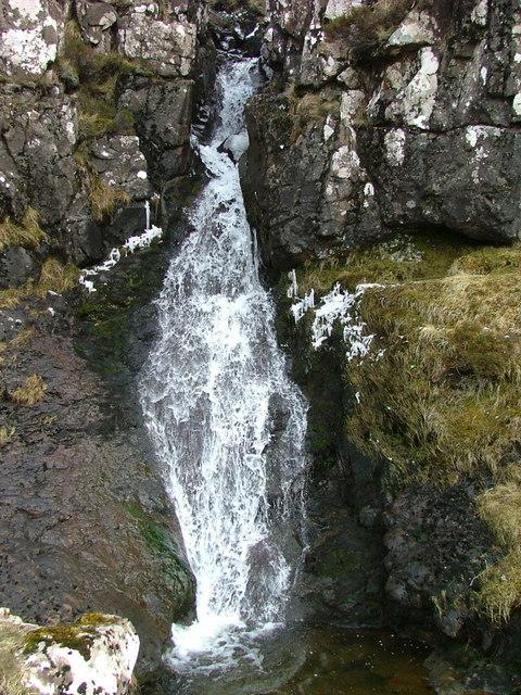 Waterfall by the Uig/Quiraing Bealach