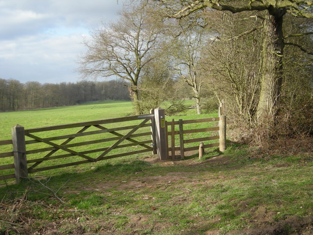 Footpath across the field towards Brewood