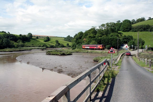 The Looe Train at Terras crossing