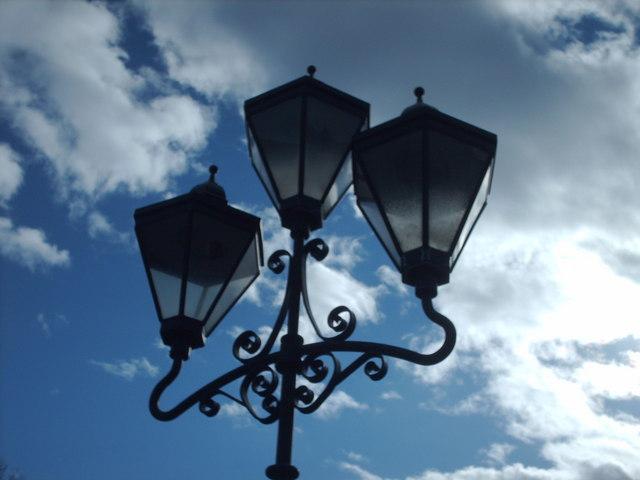 Lamps On Kirklee Road Bridge