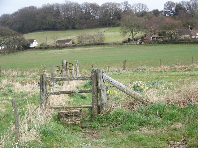 Stile and footpath to Sutton Mandeville