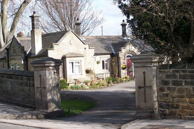 Almshouses Gates, Wadsley