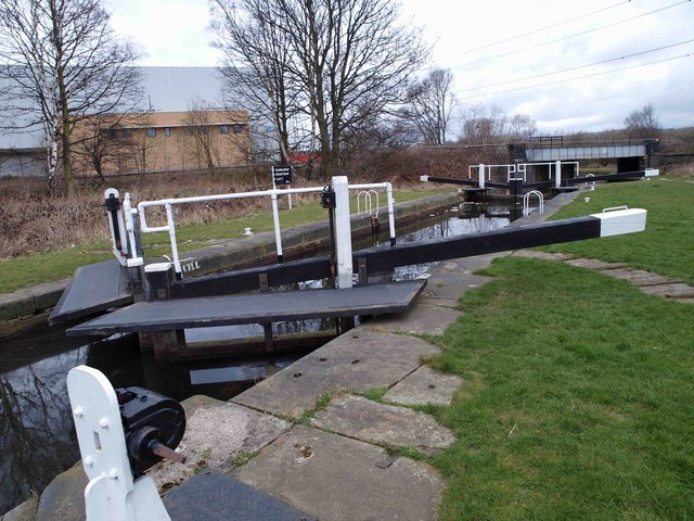 Lock 2 on the Huddersfield Broad Canal