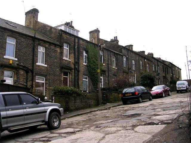 Crossley Terrace North - Shay Lane, Holmfield