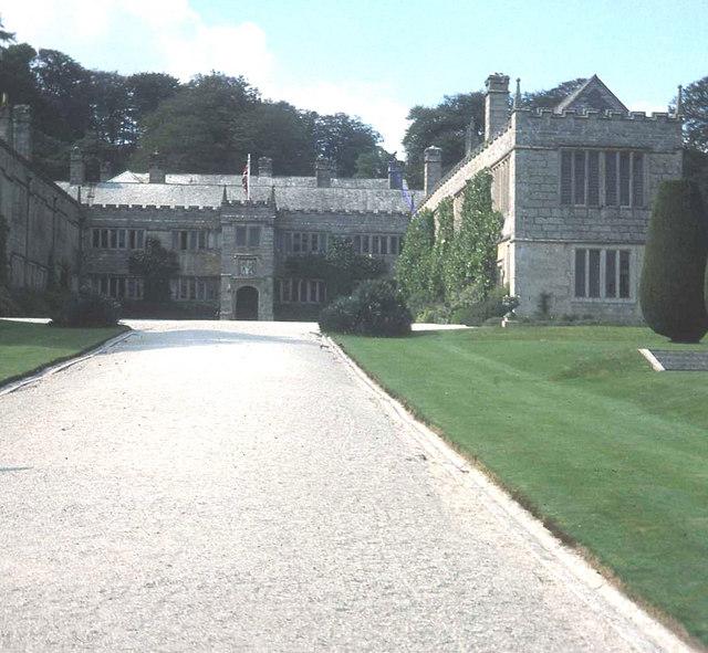 Main entrance at Lanhydrock
