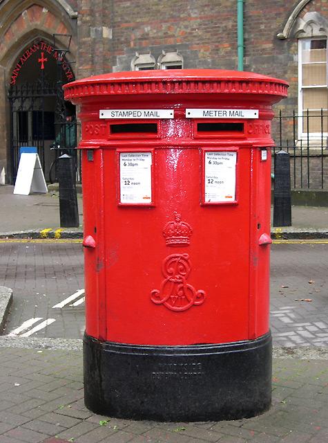 Edwardian Postbox, Brooke Street, Holborn
