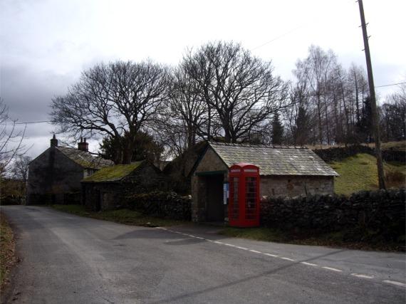 Telephone box at Bampton