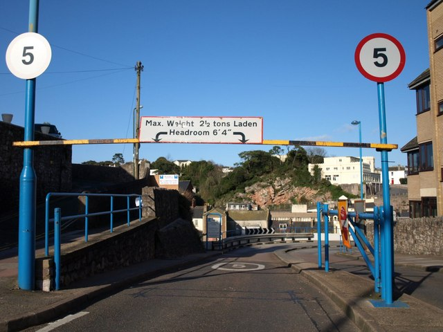 Entrance to car park, Torquay