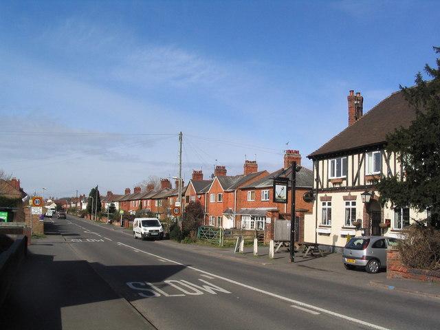Station Road entering Kegworth