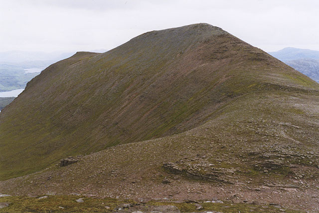 The col west of Sail Gharbh