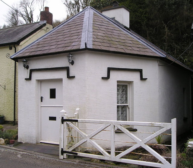 Toll House at Cwmduad