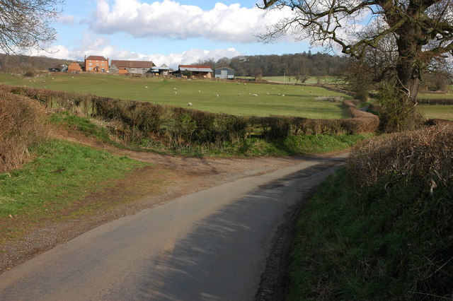 Road to Hanbury Church