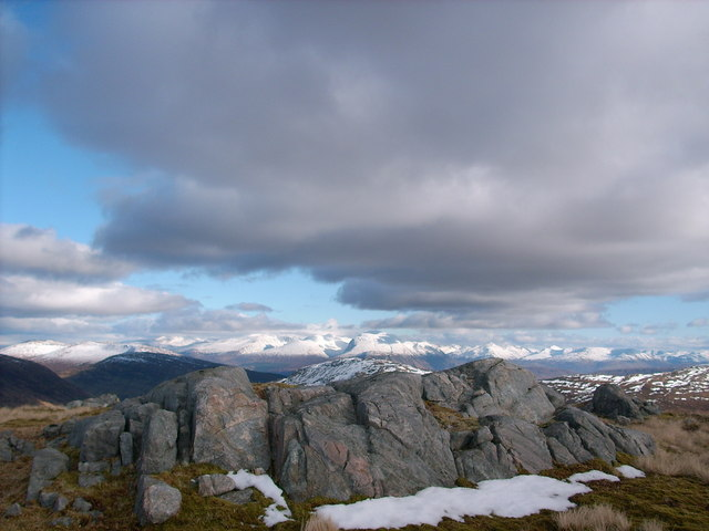 Summit area of Na h-Uamhachan