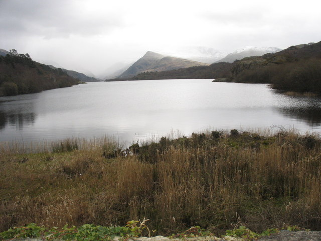A bleak Llyn Padarn landscape on the earliest Easter day for a century
