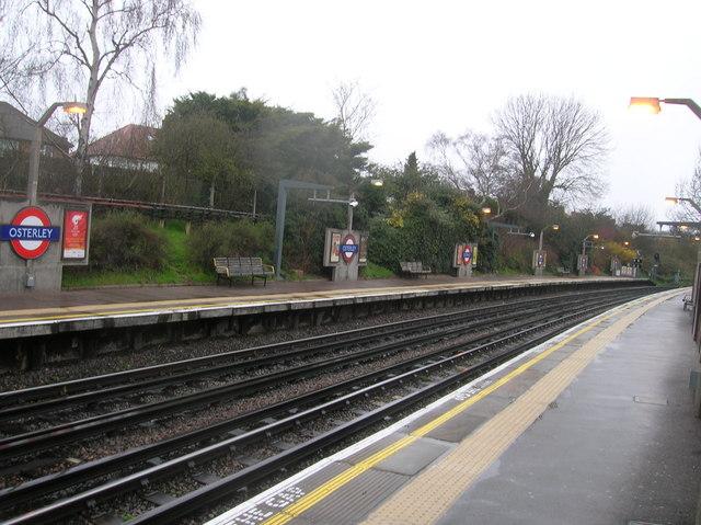 Osterley Station Platforms