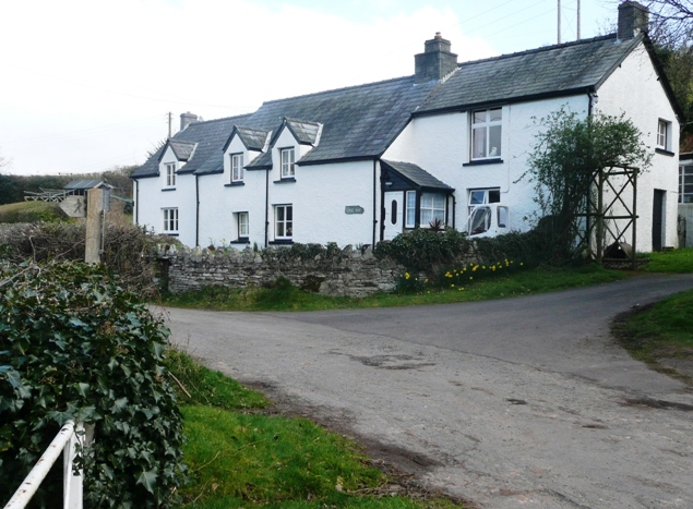 Cottages above Cwmdu