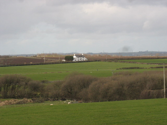 Bryn Cottages from the B4366