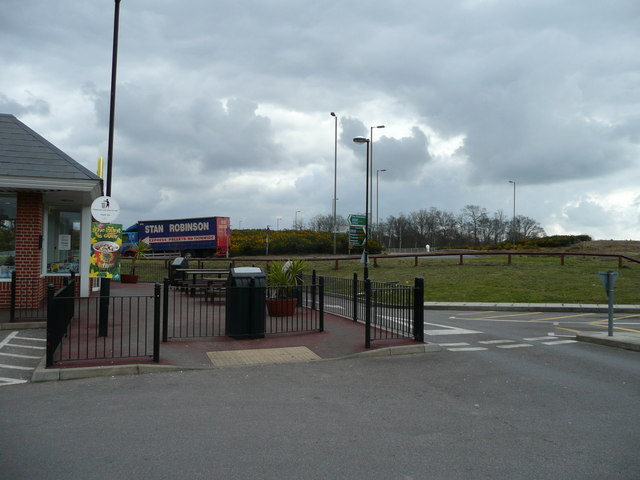 Tot Hill roundabout and services
