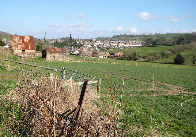 View towards Mitcheldean from Plump Hill