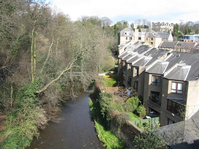 Water of Leith and new housing