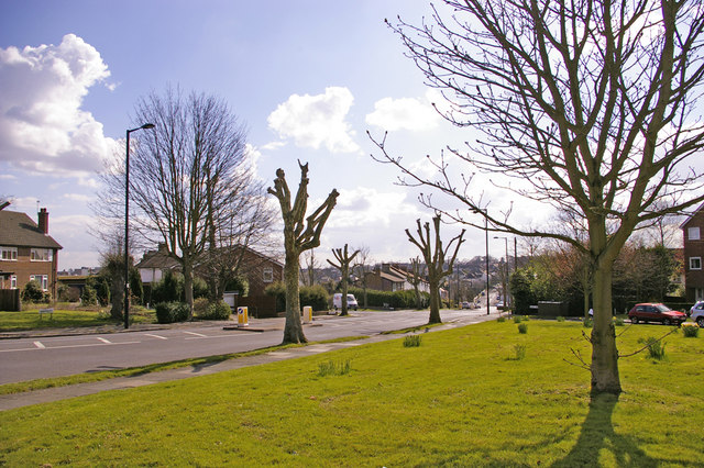 Looking down Avenue Road from junction with the Fairway, London N14