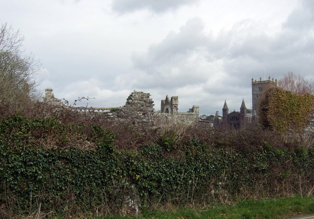 The Bishop's Palace and the cathedral from Pit Street