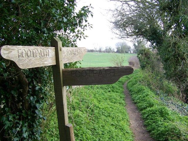 Footpath sign, Rockbourne