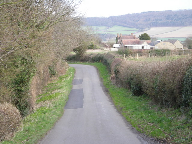 Lane beside Lord's Coppice