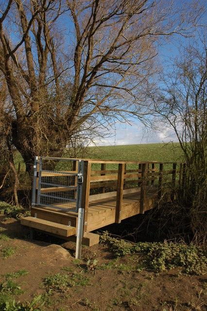 Footbridge over Mary Brook, Pensham