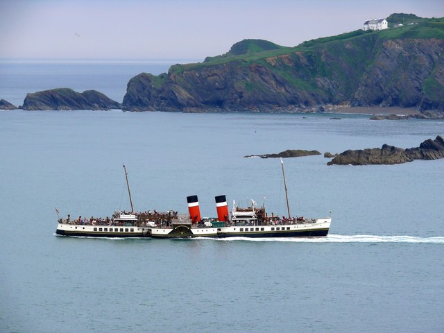 The Waverley leaves Ilfracombe Harbour
