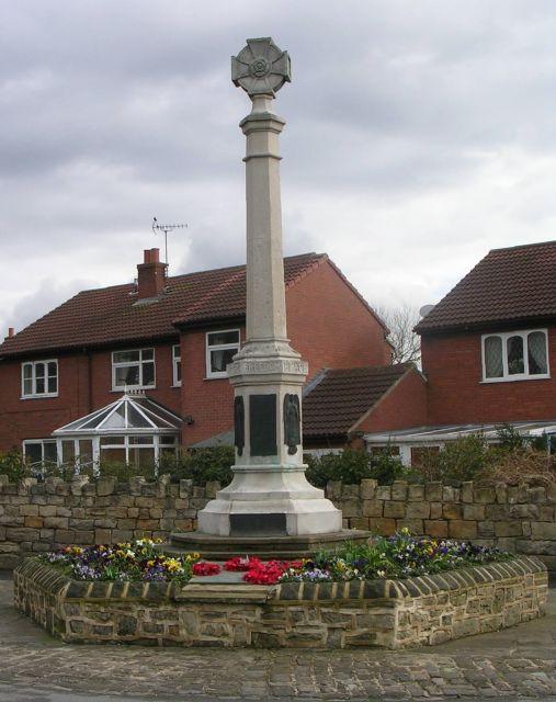 Allerton Bywater War Memorial - Main Street