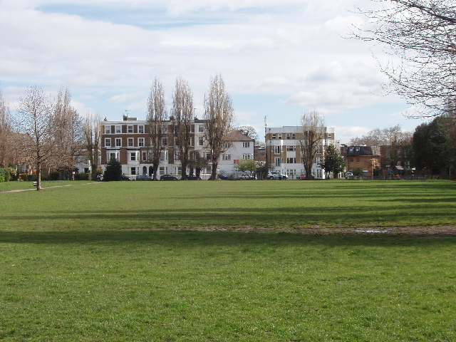 Park by Stamford Brook Road, winter view