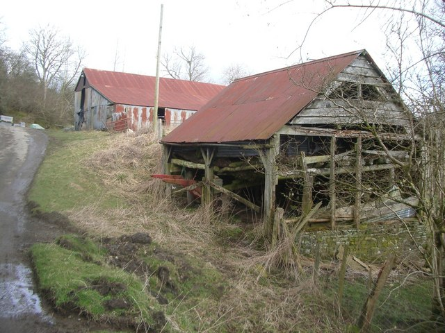 Barns at Lower Cae-glas