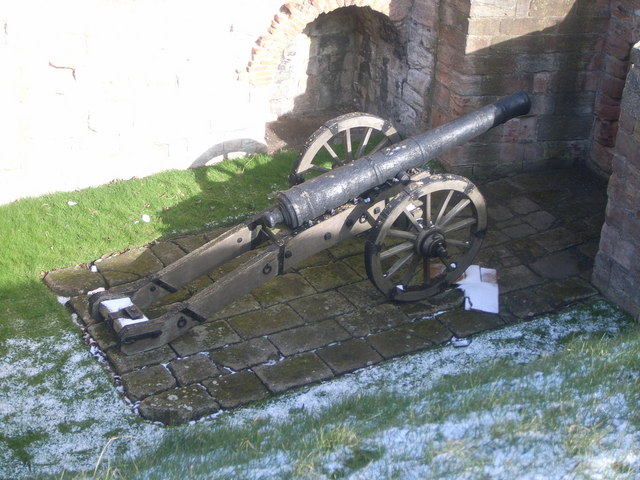 Cannon (taken from the walls)