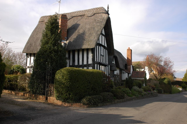 Thatched cottage in Great Comberton
