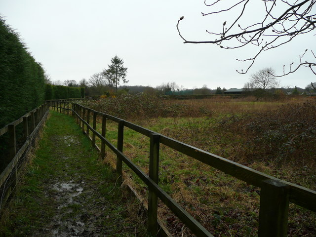 Footpath to Hunt's Green