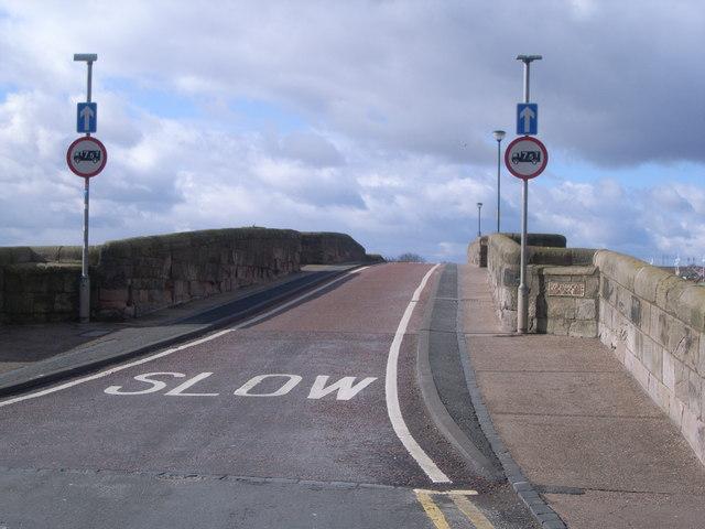 Berwick upon Tweed (Looking across the road bridge)