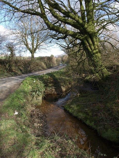 Stream and lane, Duerdon