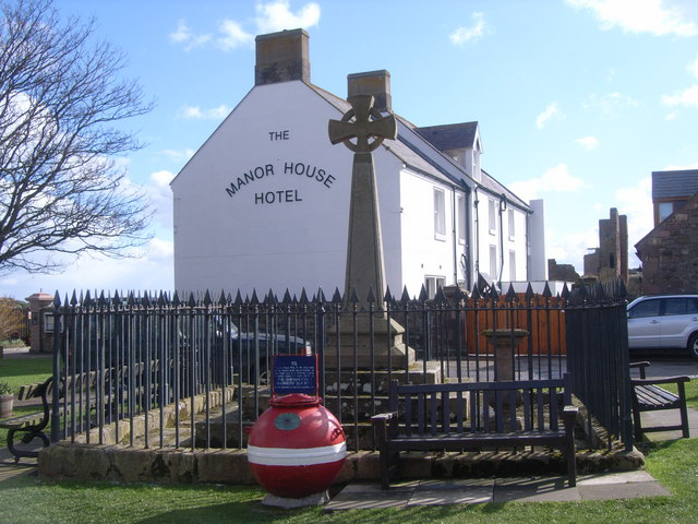 Manor House Hotel, memorial and mine