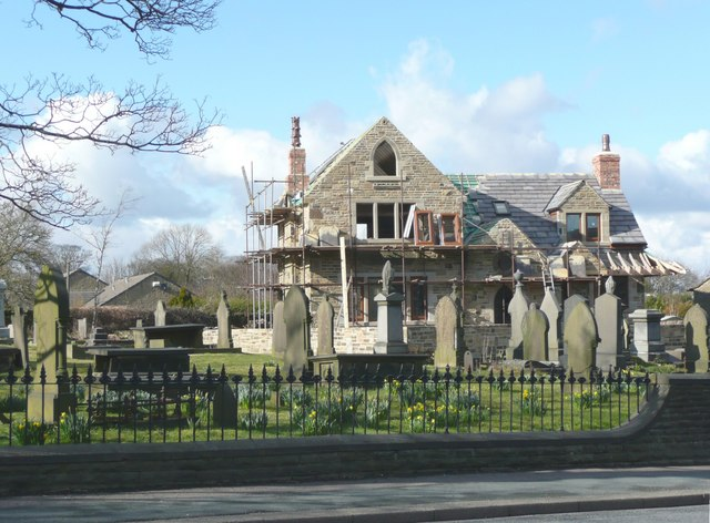 House in a graveyard, New Hey Road, Outlane, Longwood